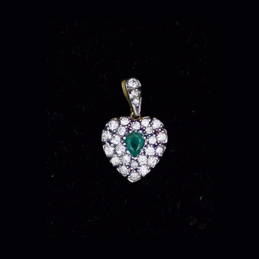 Diamond & Emerald heart pendant